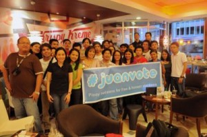 """At the #juanvote """"Miting de Avance"""". Photo grabbed from Blogwatch.ph."""