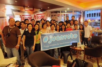 "At the #juanvote ""Miting de Avance"". Photo grabbed from Blogwatch.ph."