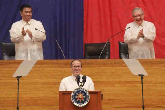 President Aquino at the Batasan Pambansa. (Photo by: Tobias Engay, Media Relations Service-PRIB)