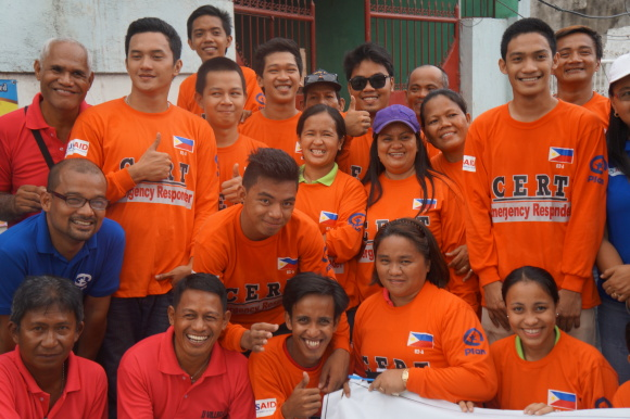 The young people of Barangay 62 in Tacloban City have signed up for Emergency Response training. Photo taken on Nov. 4, 2014.