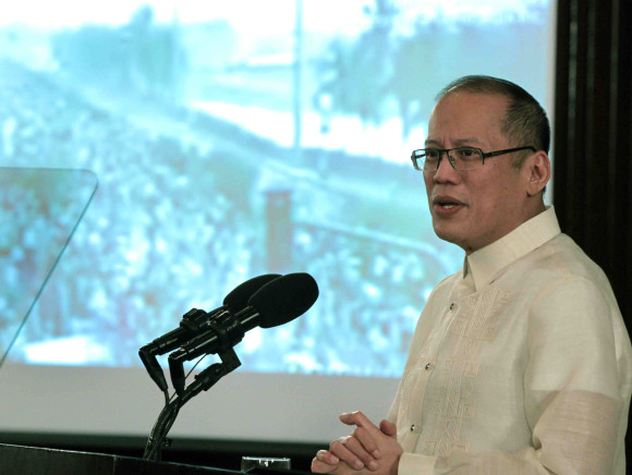 President BS Aquino announces security preparations for the papal visit with the marquee message of fear over hope. Photo from the Official Gazette.